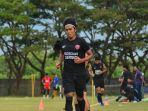 pemain-psm-makassar-erwin-gutawa-3072021.jpg