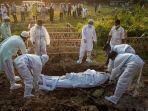 pemakaman-pasien-covid-di-india.jpg