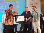 penghargaan-makassar-marketers-of-theyear-2019.jpg