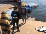 pengunjung-pantai-losari-digegerkan-penemuan-mayat-mengapung-di-pinggir-laut-2.jpg