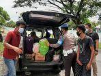 personel-kepolisian-memperketat-pengamanan-di-perbatasan-kabupaten-polewali-mandar.jpg