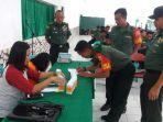 personel-tni-kodim-1414-tana-toraja-melakukan-tes-urine-setelah-penyuluhan-p4gn.jpg