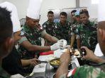 personel-tni-mengikuti-kegiatan-cooking-class-pasukan-pengamanan-pbb.jpg