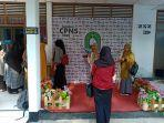 peserta-tes-cpns-berfoto-di-foto-booth-di-gedung-bkpsdm-sinjai.jpg
