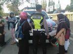 polisi-saat-melakukan-operasi-patuh-2019-jalan-sultan-hasanuddin.jpg