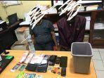 polres-palopo-menangkap-dua-terduga-pengedar-sekaligus-pengguna-narkoba-jenis-sabu-sabu.jpg