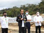 presiden-jokowi-didampingi-mentan-syl-tinjau-food-estate-di-kabupaten-humbahas.jpg