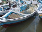 puluhan-kapal-nelayan-di-kelurahan-bentenge-kecamatan-ujung-bulu.jpg