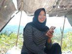 qudzin-mahasiswi-unasman-asal-kabupaten-mamasa-melakukan-kuliah-online.jpg