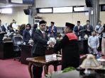 rahmat-taqwa-dilantik-menjadi-anggota-dprd-jumat-1422019.jpg