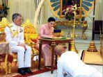 raja-thailand-maha-vajiralongkorn-dan-istrinya-suthida.jpg