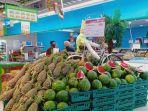 rak-buah-buahan-di-lotte-mart-panakkukang-makassar-1272020.jpg