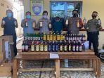 ratusan-botol-minuman-keras-miras-berbagai-merk-disita-polsek-manggala.jpg