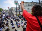 ratusan-buruh-berunjuk-rasa-di-kawasan-jatiuwung-kota-tangerang-1-9102020.jpg