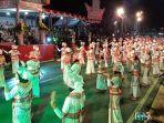 ratusan-penari-kolosal-toraya-maelo-menari.jpg