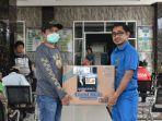 relawan-esr-menyerahkan-bantuan-40-paket-apd-kepada-rs-elim-rantepao.jpg