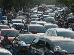 ribuan-kendaraan345.jpg