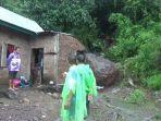 rumah-hasnawati-tertimpa-batu-di-kecamatan-bacukiki-kota-parepare-minggu-1212020.jpg