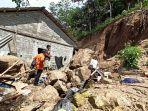 rumah-warga-mengalami-kerusakan-pasca-ditimpa-tanah-longsor-di-dusun-dumme-sanjai.jpg