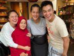 saat-tinggal-bersama-baim-wong-nenek-iro-bisa-bertemu-dengan-idolanya-marshanda.jpg