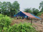 salah-satu-lokasi-pengungsian-warga-di-desa-tallambalao.jpg