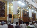 salah-satu-penceramah-tarawih-di-masjid-agung-ummul-qura.jpg