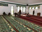 satpol-pp-sulsel-bersihkan-masjid.jpg