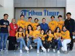 sejumlah-pemeran-film-pendek-mahasiswa-rantau-berkunjung-ke-kantor-tribun-timur-jumat-2852021.jpg