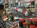 sejumlah-pemilik-toko-di-sepanjang-jalan-samratulangi-kelurahan-caile-kecamatan-ujung-bulu.jpg