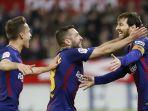selebrasi-pemain-barcelona-bersama-lionel-messi_20180401_072551.jpg