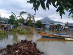 seorang-bocah-dikabarkan-hilang-di-sungai-tampinna-desa-watangpanua-kecamatan-angkona.jpg