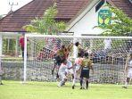 sepakbola-luwu-di-lapangan-andi-djemma-kamis-582021-sore.jpg