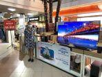 store-manager-electronic-city-nipah-mall-ester-sriyanti-444.jpg