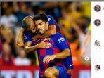 striker-barcelona-luis-suarez-merayakan-gol-dengan-rekannya-di-laga-pramusim.jpg