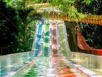 suasana-bugis-waterpark-baruga-antang-2552020.jpg