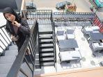 suasana-di-area-roof-top-lantai-3-daun-coffe-2-makassar.jpg