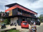 suasana-di-cafe-70-di-kabupaten-barru-sulsel.jpg