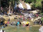 suasana-di-wisata-alam-bantimurung-maros-kamis-29102020-3.jpg