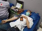 suasana-donor-darah-di-maxone-hotel-resort-makassar-kamis-2462021.jpg