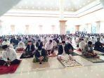 suasana-lebaran-idulfitri-di-masjid-islamic-center-lalu-4.jpg