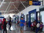 suasana-teras-terminal-bandara-lagaligo-bua-di-desa-puty.jpg