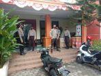 suasana-tim-turjawali-sabhara-polres-gowa-mengontrol-situasi-di-kantor-kpu-dan-bawaslu.jpg