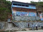 tangga-kampus-unasman-mamasa-dibongkar-satpol-pp2.jpg