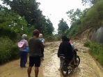 terputusnya-akses-jalan-kecamatan-anggeraja-baraka-kabupaten-enrekang.jpg
