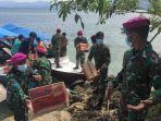 tni-al-sulbar-kembali-mendistribusikan-bantuan-logistik-ke-pulau-karampuang.jpg