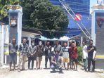 tujuh-nelayan-beserta-seorang-aktivis-lingkungan-hidup-dan-tiga-jurnalis-pers-mahasiswa.jpg