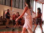 uc-basketball876.jpg