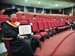 unhas-menggelar-wisuda-bagi-lulusan-program-sarjana-rabu-292020-3.jpg