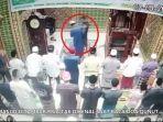 update-video-viral-rekaman-cctv-imam-masjid-dipukul-saat-salat-subuh-video-imam-masjid-ditampar.jpg