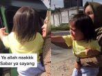 viral-momen-haru-bocah-ditinggal-baby-sitter-pulang-kampung.jpg